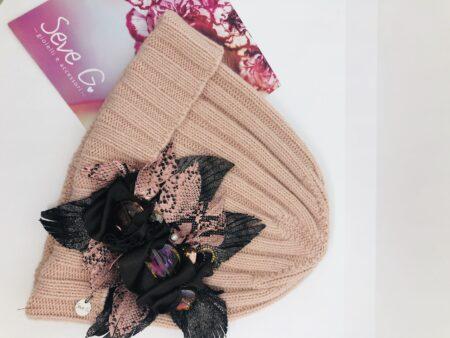 cappello rosa lana cashmere fiore foglie rosa bronzo strass peitre e cristalli