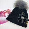 cappello pon pon applicazione nero oro fiore