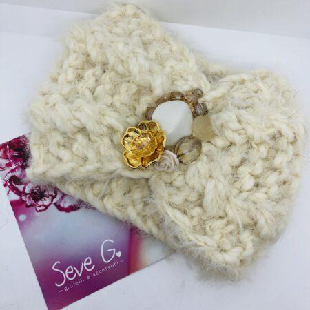 Fascia lana panna fiori oro pietre cristalli