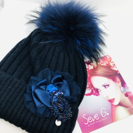 Cappello Blu pon pon