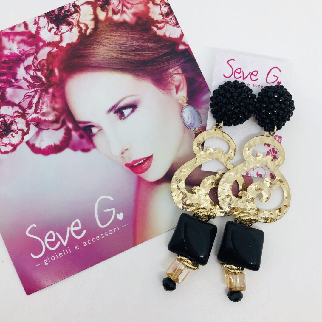 orecchini, piastra oro nero cristallo resina oro nero